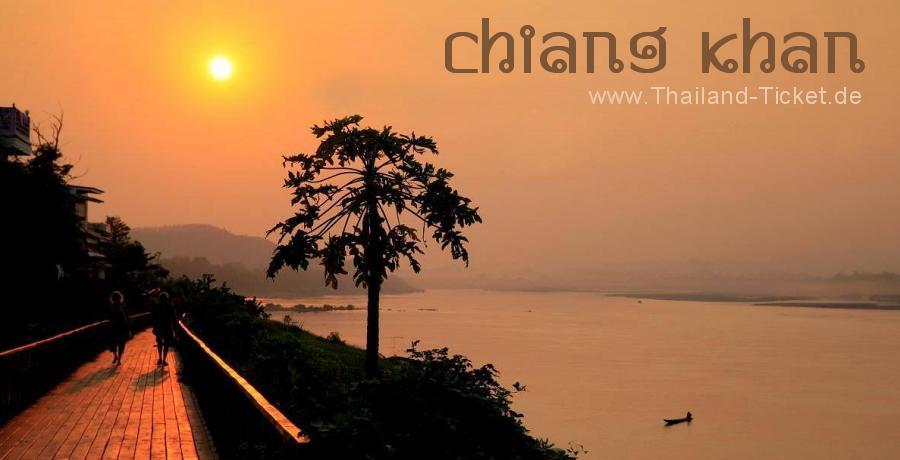 Foto: Sonnenuntergang am Mekong in Chiang Khan